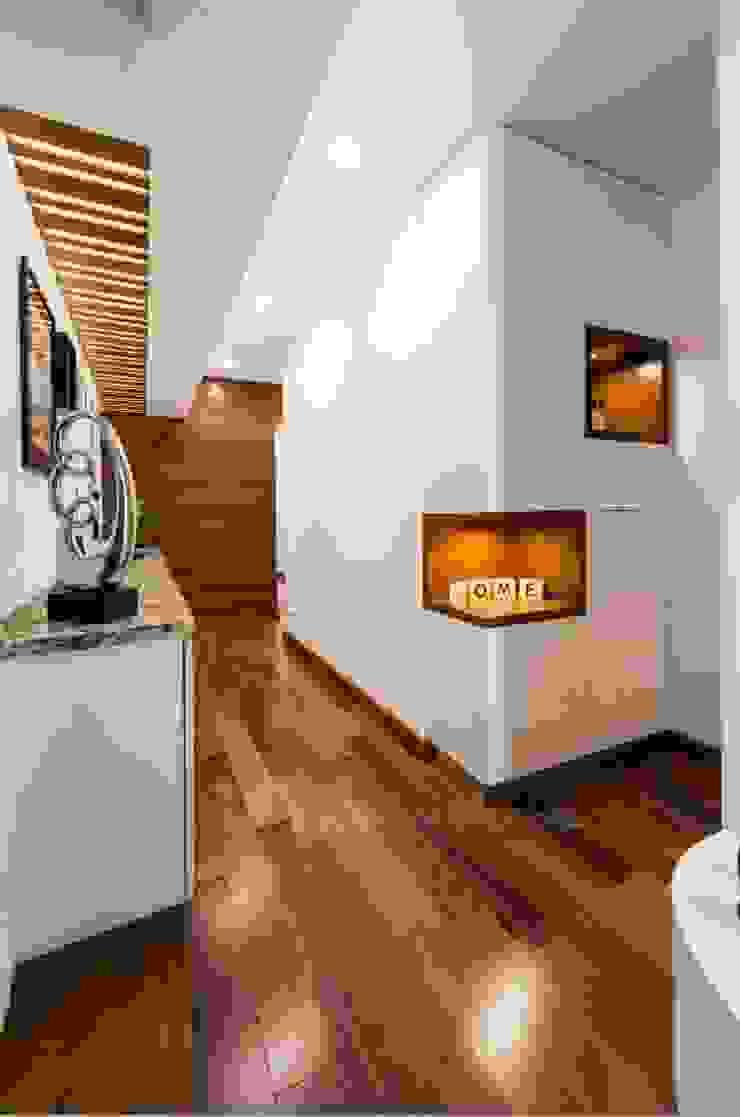 PASADIZO de DMS Arquitectas Moderno