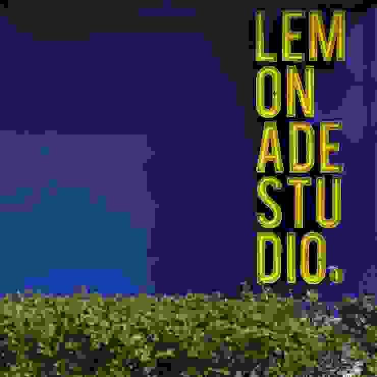LEMONADE // fashion store // München LOVA Moderne Ladenflächen Glas Gelb