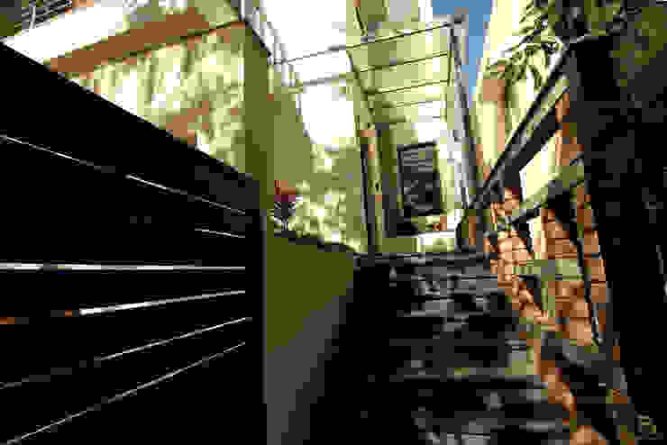 ENTRANCE STEPS by de square Rustic