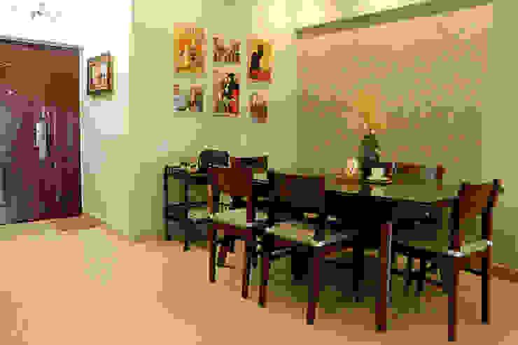 2 BHK Apartment Mrs Radha Basu Kolkata Classic style dining room by Cee Bee Design Studio Classic
