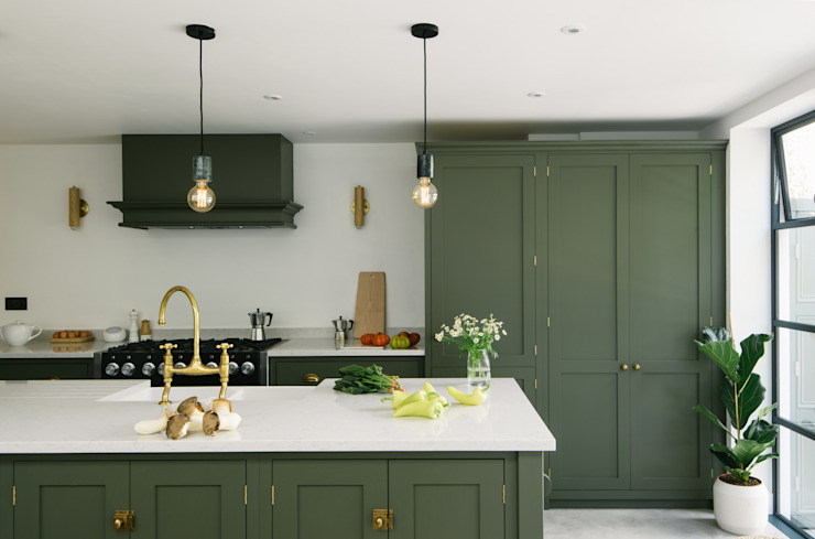 A Kitchen in Hove by deVOL Modern Kitchen by deVOL Kitchens Modern Solid Wood Multicolored