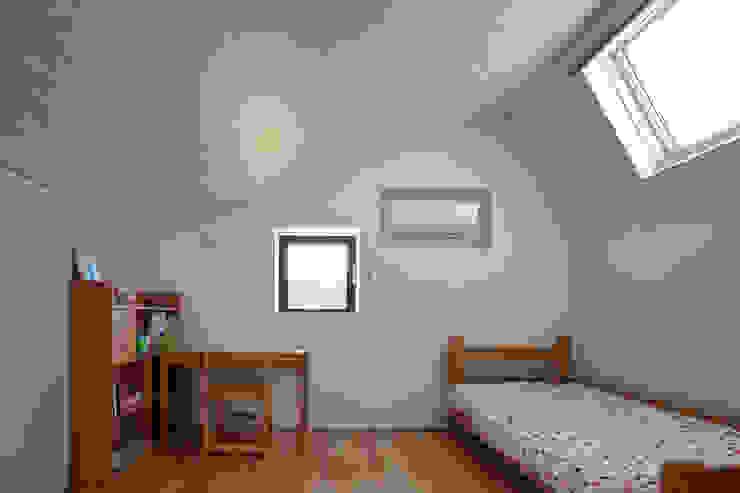 子供室を見る: (株)建築デザイン研究所が手掛けた子供部屋です。,