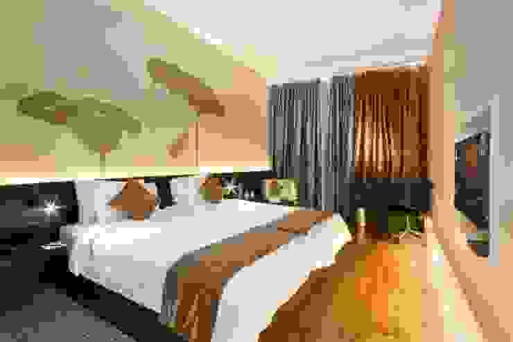 Bed room: asian  by Slate Dezine,Asian