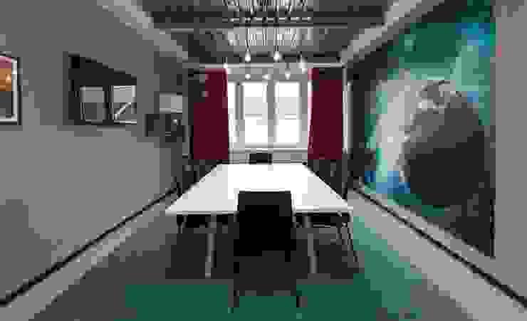 Ivy's Design - Interior Designer aus Berlin Walls Concrete Turquoise