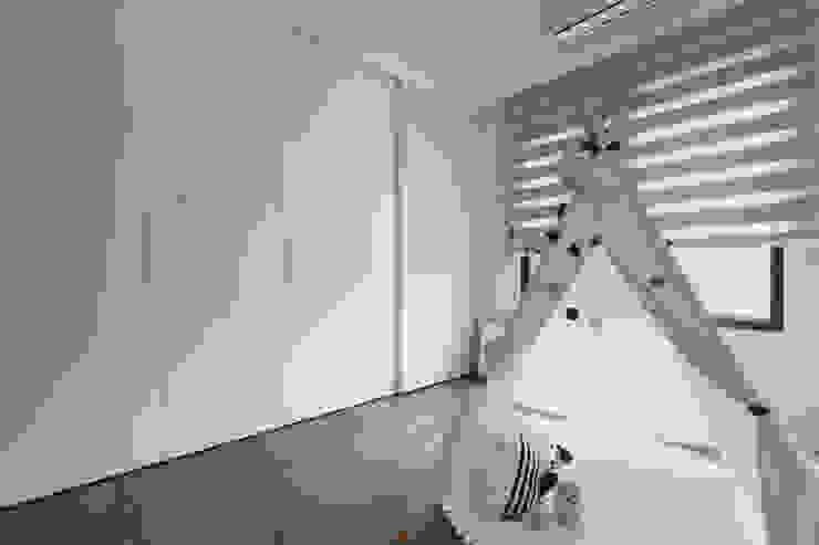 Skandinavische Kinderzimmer von Moooi Design 驀翊設計 Skandinavisch