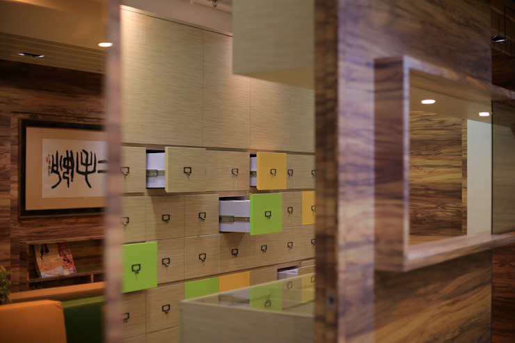Compartmental Cabinet for storing Chinese herbal medical by FINGO DESIGN & ASSOCIATES LTD. Modern Wood Wood effect