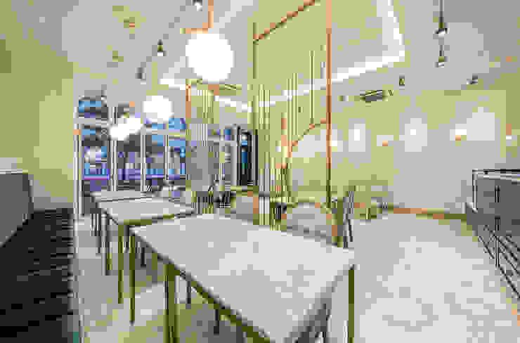 가구,내부 클래식 스타일 바 & 클럽 by 디자인에이드 클래식