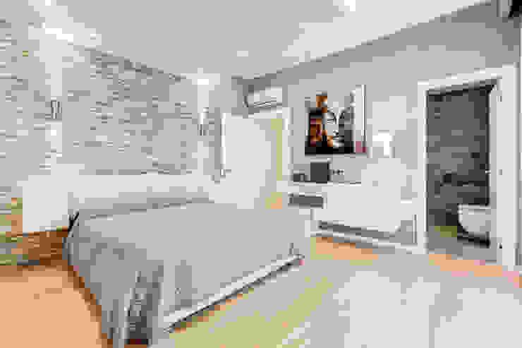 Спальня в стиле минимализм от EF_Archidesign Минимализм