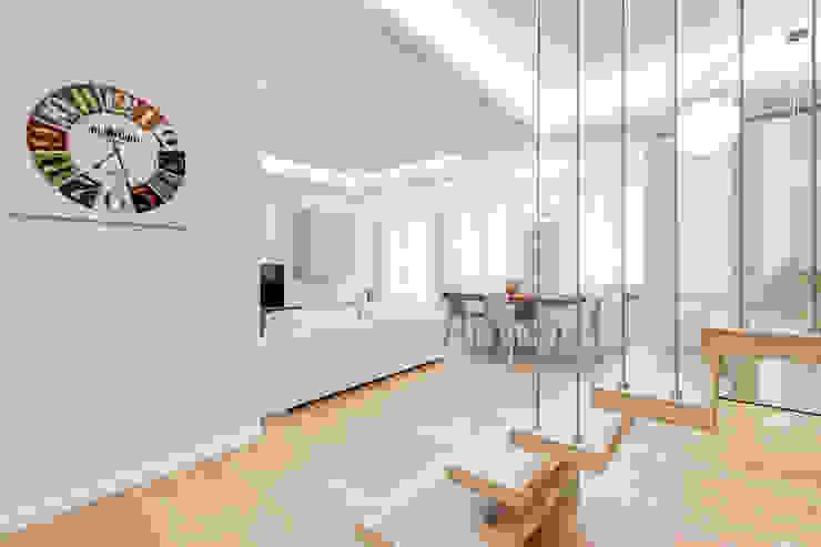 Гостиная в стиле минимализм от EF_Archidesign Минимализм