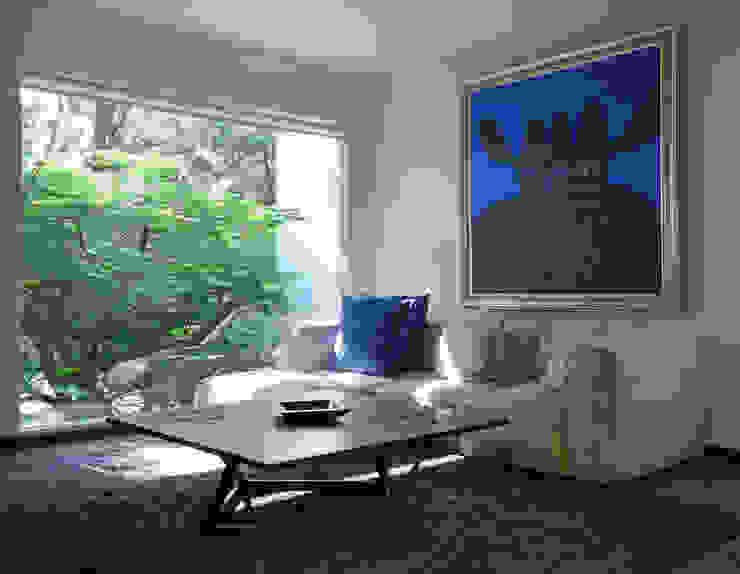 Minimalist study/office by Stuen Arquitectos Minimalist
