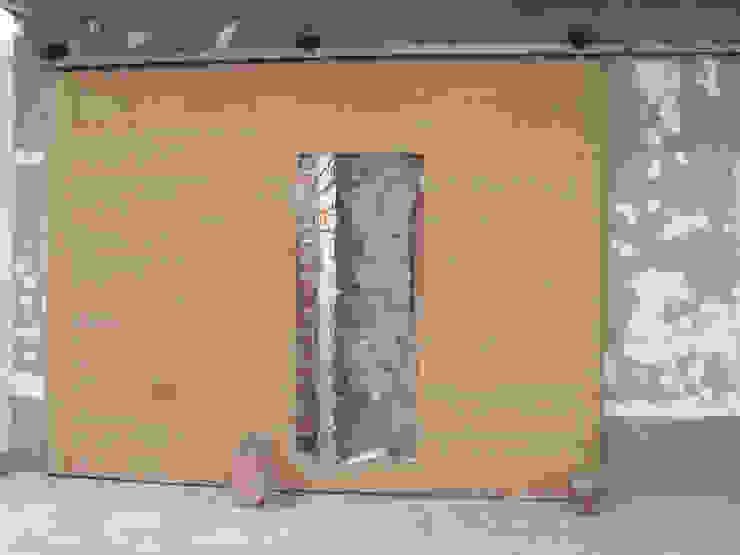 Detalle puerta principal de Minimalistika.com