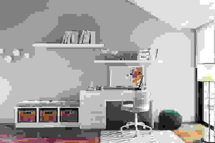 DZINE & CO, Arquitectura e Design de Interiores Habitaciones juveniles