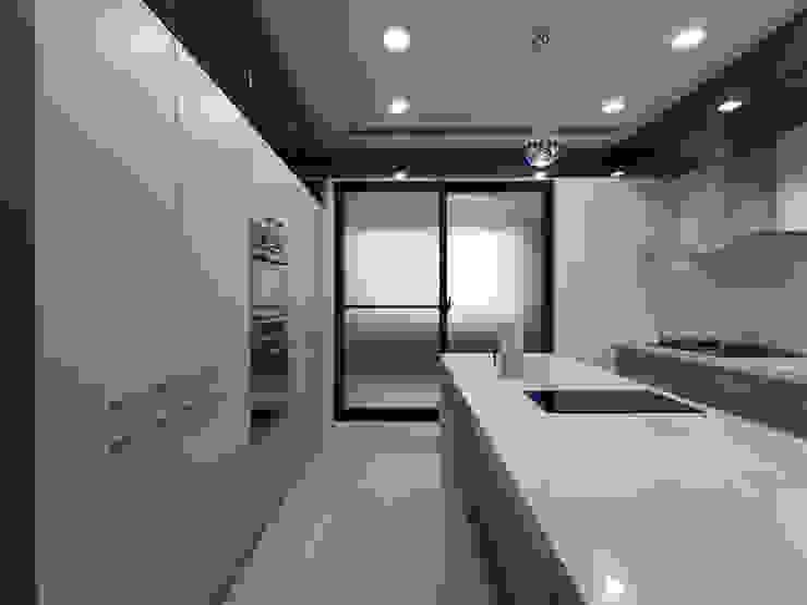 von 李正宇創意美學室內裝修設計有限公司 Modern