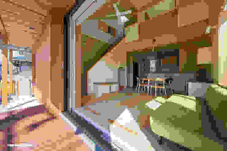 アグラ設計室一級建築士事務所 agra design room Puertas y ventanas de estilo moderno