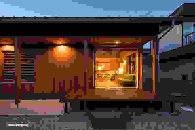 アグラ設計室一級建築士事務所 agra design room Balcones y terrazas de estilo moderno