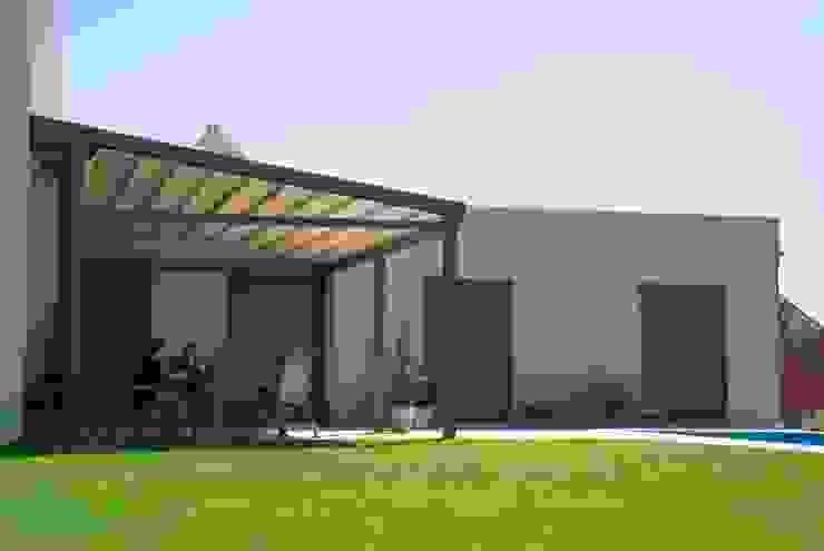 Modern balcony, veranda & terrace by PERGOLA A.Ş. Modern Aluminium/Zinc
