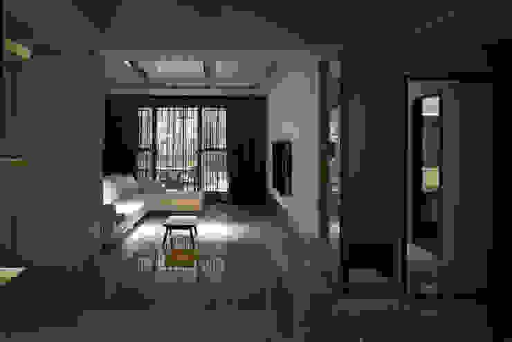 白色意境 根據 愛上生活室內設計 古典風 磁磚