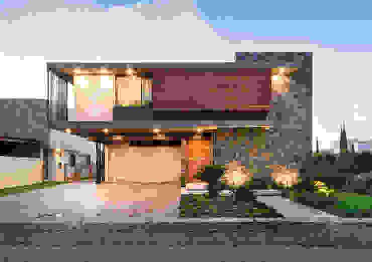 Fachada frontal Casas modernas de Loyola Arquitectos Moderno