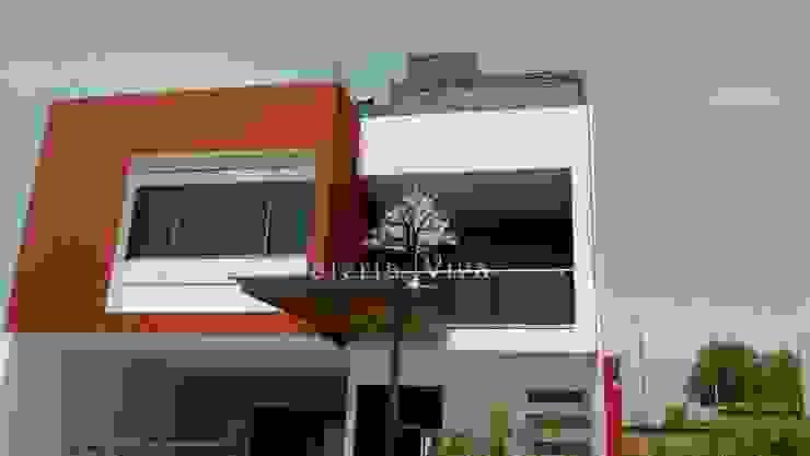 Pérgolas híbridas para terrazas, fachada y acceso en Presa Madin, Edo. de Mex. Pasillos, vestíbulos y escaleras modernos de Materia Viva S.A. de C.V. Moderno