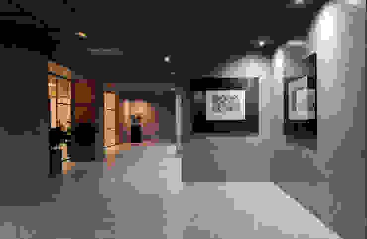 Oficinas de estilo  por Microcret Ecocem S.L., Moderno