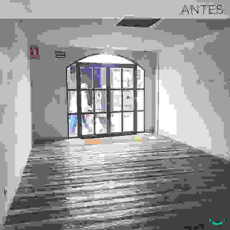 by Estudi Aura, decoradores y diseñadores de interiores en Barcelona Modern Iron/Steel
