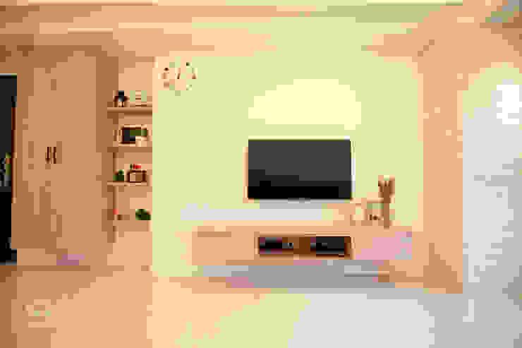 酒窩設計有限公司 Dimple Interior Design Scandinavian style living room Wood-Plastic Composite Wood effect