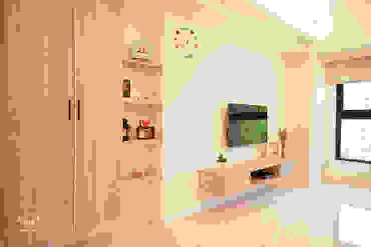 氧氣-2個人的20坪簡約北歐小家庭 根據 酒窩設計 Dimple Interior Design 北歐風 塑木複合材料