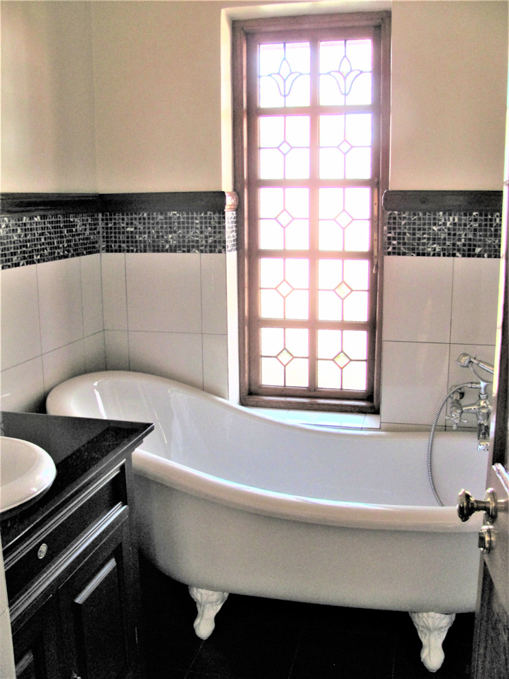 revamped bathroom Classic style bathroom by Nuclei Lifestyle Design Classic