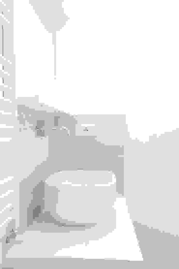 mc2 architettura Mediterranean style bathroom