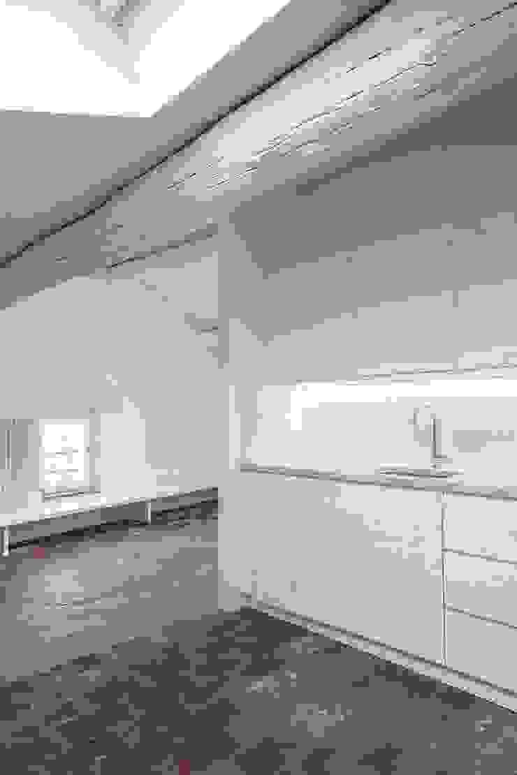 mc2 architettura Mediterranean style kitchen