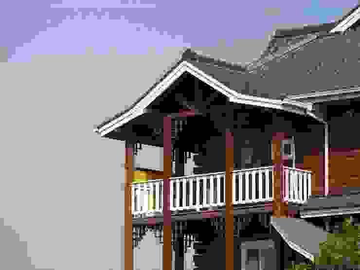 陽台 根據 安居屋有限公司 日式風、東方風 實木 Multicolored