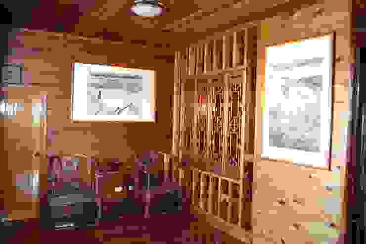 客廳 明式黃花梨圈椅家具 根據 安居屋有限公司 日式風、東方風 實木 Multicolored
