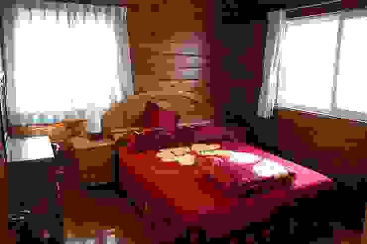 安居屋木屋專業設計建造 根據 安居屋有限公司 古典風 實木 Multicolored