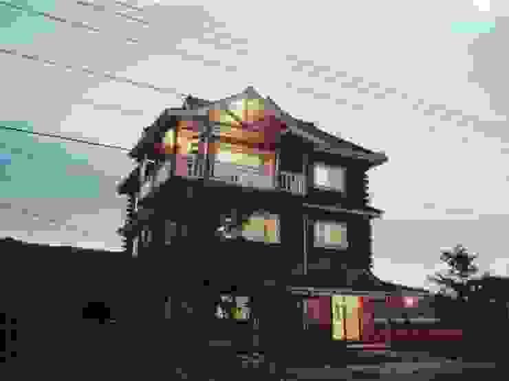 安居屋木屋專業設計建造 根據 安居屋有限公司 北歐風 實木 Multicolored
