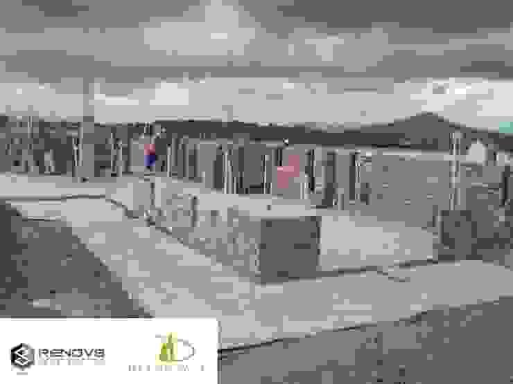 Initial Brickwork - Establishment of first floor: modern  by Renov8 CONSTRUCTION, Modern