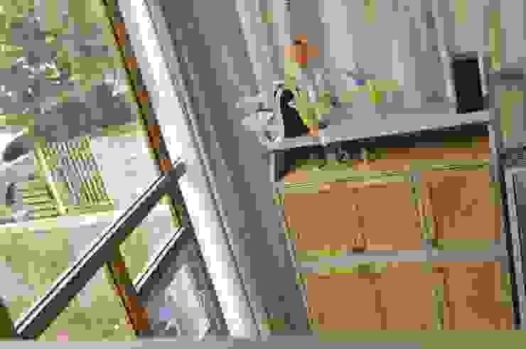 아파트 고쳐살기 스칸디나비아 거실 by BYHAND 북유럽