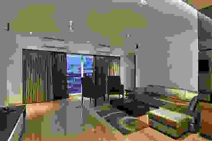 SERVICE APARTMENT AT KHAR Modern living room by smstudio Modern