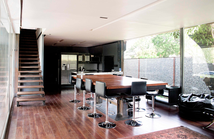House Bloemfontein Industrial style dining room by FAME Projects Industrial