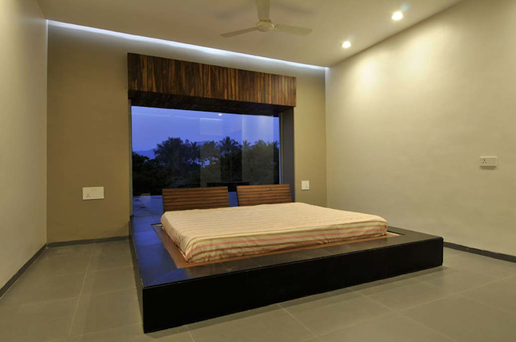 DAHANU FARMHOUSE Modern style bedroom by smstudio Modern