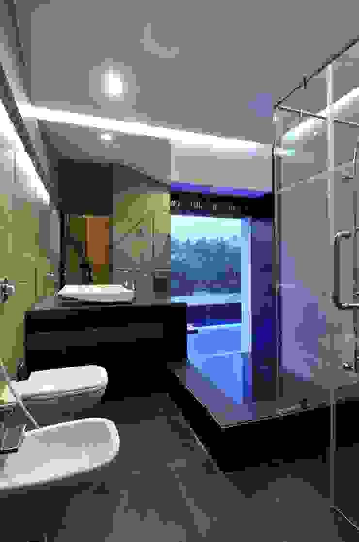 DAHANU FARMHOUSE Modern bathroom by smstudio Modern