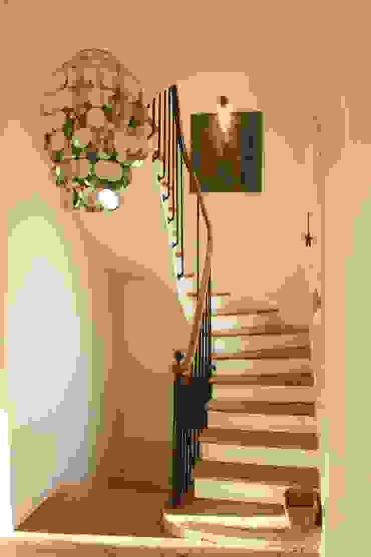 Escalier Dans Maison Ancienne rénovation ancienne maison par optiréno | homify