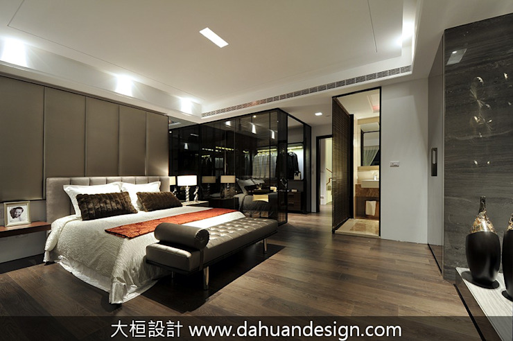 Dormitorios de estilo moderno de 大桓設計顧問有限公司 Moderno Hierro/Acero
