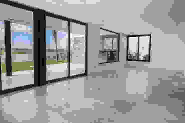 Salas de estilo moderno de CIBA ARQUITECTURA Moderno