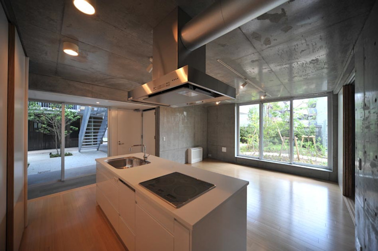 Cuisine moderne par HAN環境・建築設計事務所 Moderne