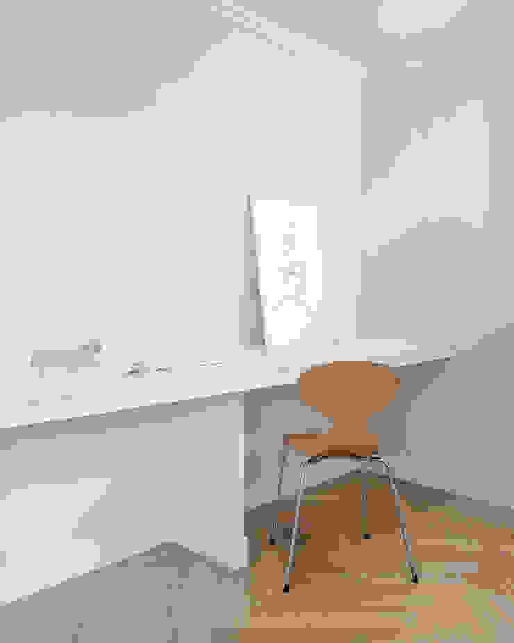 husk design 허스크디자인 Study/office