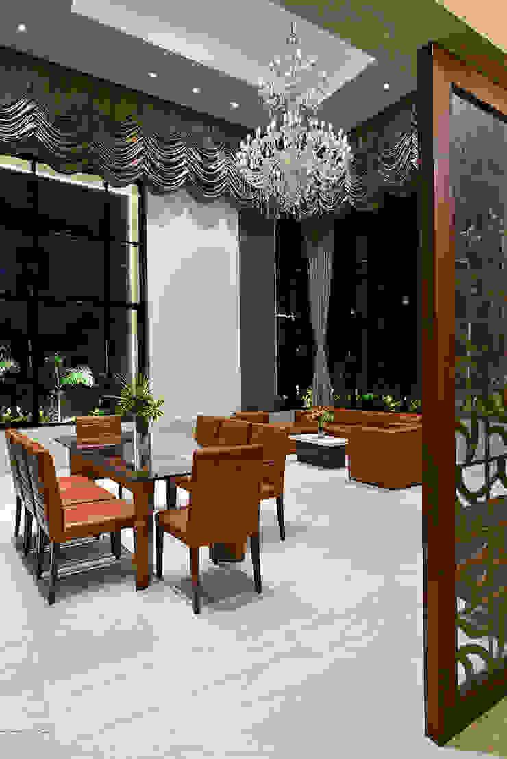 DIVYA BUNGALOW Modern dining room by smstudio Modern