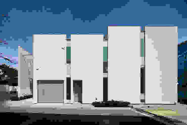 井の頭の家 / House in Inokashira 庄司寛建築設計事務所 / HIROSHI SHOJI ARCHITECT&ASSOCIATES モダンな 家