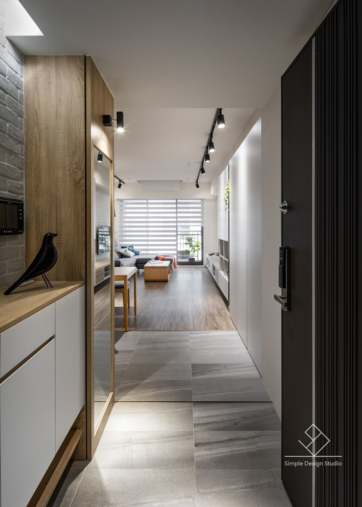 玄關 Scandinavian style corridor, hallway& stairs by 極簡室內設計 Simple Design Studio Scandinavian Tiles