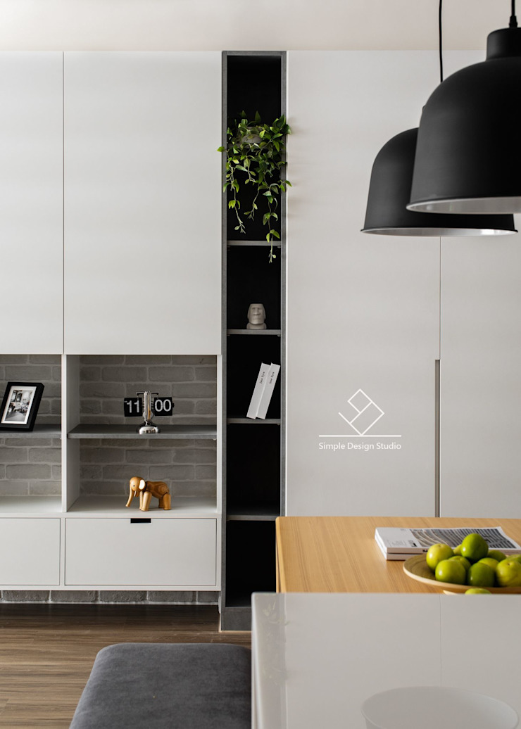 Pareti & Pavimenti in stile scandinavo di 極簡室內設計 Simple Design Studio Scandinavo MDF