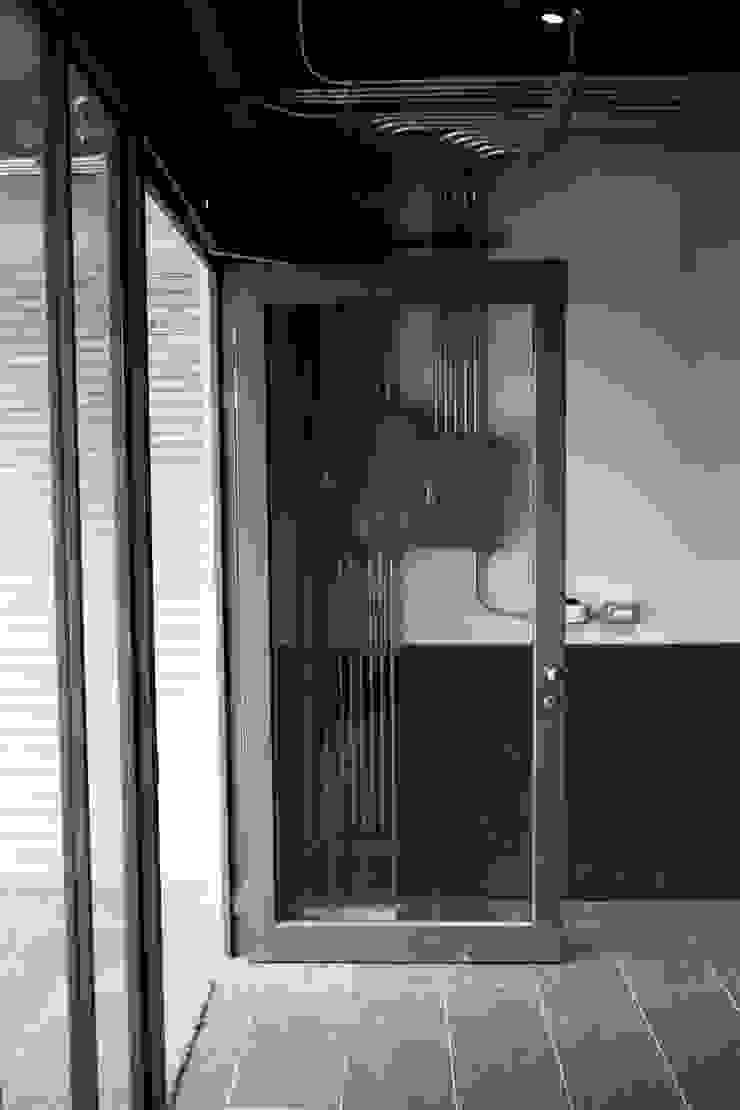 金屬框玻璃隔間 根據 日常鉄件製作所 工業風 金屬